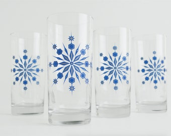 Snowflake Glasses - Set of 4 Hanukkah Holiday Glasses, Blue and Silver Snowflake Glassware, Holiday Glassware, Hanukkah Glasses, Snowflakes