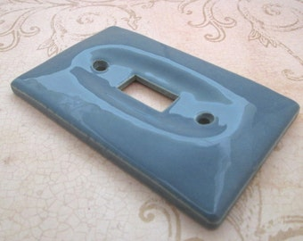 Switch Plate, 1970s, Light Switch Cover, Vintage Ceramic switchplate, light switch, Single Toggle, switchplate, blue switch plate