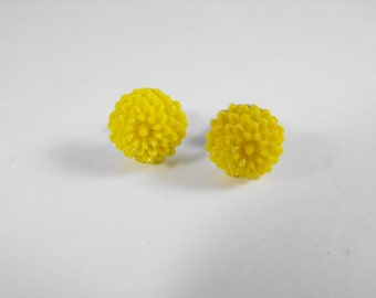 Earring SALE Yellow Mums Cute Flower Post earrings with Stainless Steel Post