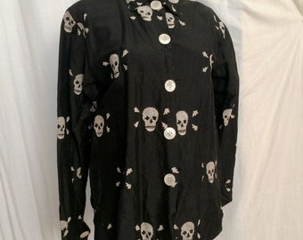 Vintage 1980s Black Silk Shantung Shirt with Embroidered Skulls by Finis Size 8