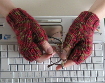 Fingerless Gloves Knitted Variegated Red Wool