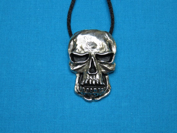 Skull Necklace, Pendant, Jewelry, Hand Cast In Silver Pewter STK102