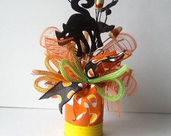 Halloween Arrangement, halloween decor, halloween party decorations, halloween decorations, pumpkins, candy corn, black cat