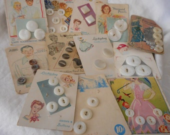 Lot Sets of 12 VINTAGE Great Graphic Carded Shell Sewing BUTTONS W03