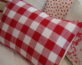 FReNCH Cottage Pillow//ReD Swedish CHecK & White/Denim/Cottage Shabby Chic/Decorative Pillow/Throw Pilow/Beach Decor
