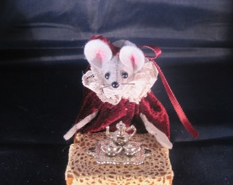 Mouse with Silver Tea Set!  NEW LOWER PRICE