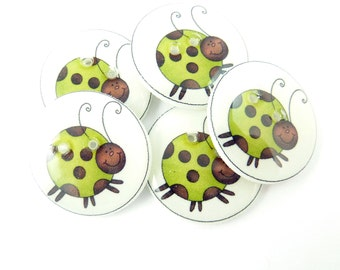 """5 Lady Bug or Lady Bird Buttons. Green Lady Bug Handmade Buttons.  Sewing, knitting or needle craft buttons. 3/4"""" or 20 mm."""