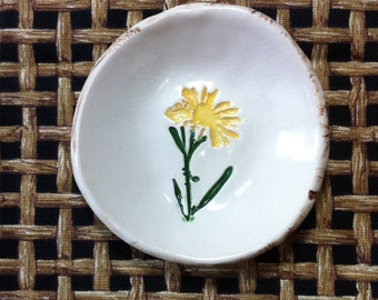 Dandelion Dish, Dandelion Tea Bag Holder, Ceramic Tea bag Holder, Ceramic Dandelion Dish, Sauce Dish, Ceramic Prep Bowl, Prep Bowl