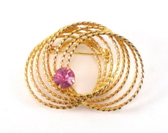 Gold Wreath Pink Rhinestone Brooch Pin - Vintage Jewelry