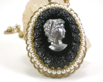 Goth Black Glass Cameo Necklace Pendant Vintage Jewelry