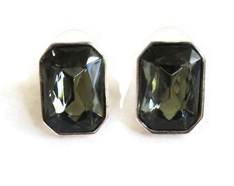 Vintage Smokey Cut and Faceted Glass Rhinestone Earrings