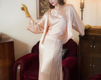 Vintage 1930s Dress Set - Exquisite Oyster Pink Ribbed Silk Three Piece Evening Ensemble of Skirt, Sleeveless Blouse and Jacket