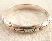 Vintage Size 6.75 Sterling Engraved Geometric Patterns Thin Band Ring
