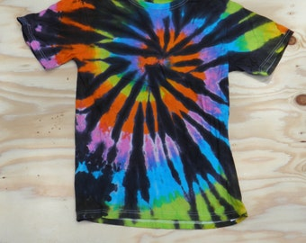Tropical Rainbow on Black Spiral Tie Dye T-Shirt (Jerzees Hi-Densi-T Size S) (One of a Kind)