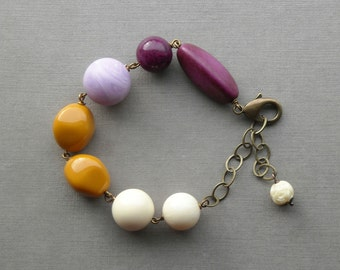 ripen bracelet - vintage lucite and brass