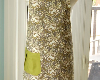 Elegant Floral Reversible Apron - fabulous large cotton print apron with pleated pocket and extra long ties