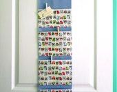 Wall or Door Hanging Pocket Organizer in a Bird Design