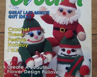 Vintage 1989 women's circle Christmas  crochet patterns winter ornaments afghans sweaters toys Christmas decor