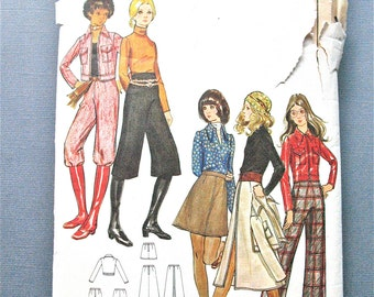 Butterick 5964 Early 70s Separates Vintage Sewing Pattern Short Jacket Knickers Straight Legged Pants Skirt mini Bust 30.5 inches