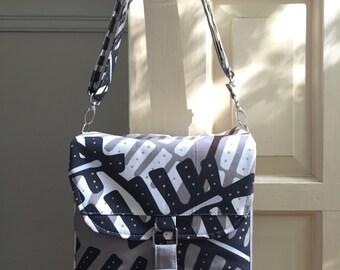 medium camera bag // grey tan fern // padded adjustable strap dslr camera bag //  ready to ship