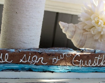 Please Sign Our Guestbook , Free standing Driftwood  Wedding Sign , Beach Wedding Decoration , Nautical Reception Decor