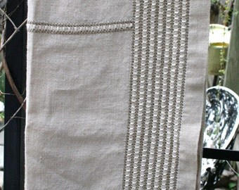 Very Pretty Vintage German Linen Table Linen / Cover