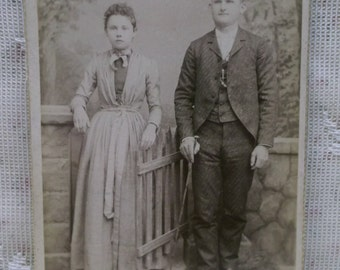 Antique Cabinet Photo-Man-Lady-Siblings or Young Couple-Gate-Fashion-Ashland,PA