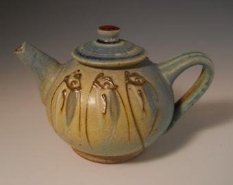 Sm Teapot- Faceted Fish