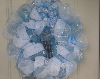 Baby shower wreath decoration