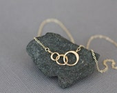 gold necklace, circle necklace, three circles, connected circles, mothers necklace, small circles, hammered circles, intertwined intwined