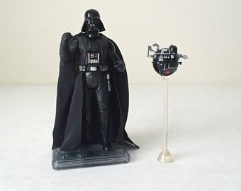 Vintage Star Wars Figures, Darth Vader and Death Star Interrogation Droid with Display Stand - Kenner Star Wars Toys From A New Hope -