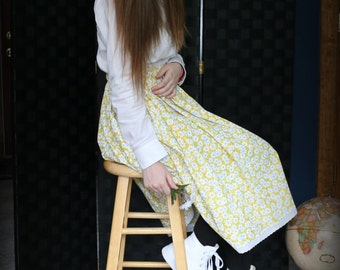 Girl's skirt, modest, white & blue daisies on yellow background