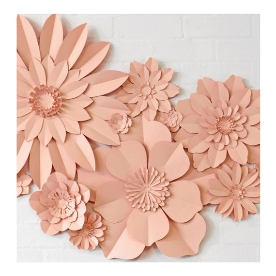 Set of 13 paper wall flowers