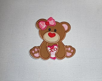 Free Shipping Ready to Ship   Valentine  Bear  Iron on applique
