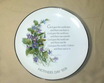1978 Mothers Day Porcelain Decorative Plate / Robert Laessig Decorative Plate / Mothers Day Violets & Poem Plate