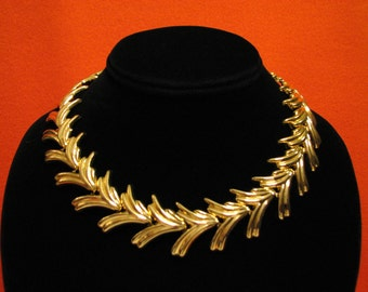 BIG Vintage Gold Tone Wave Fan Check Panel Link Choker Necklace