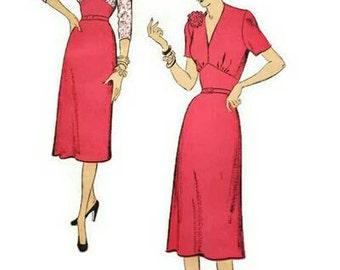 Vintage 1950s Pattern V Neck or Front Bodice Slit Shaped Midriff 1951 New York 1128 Bust 32