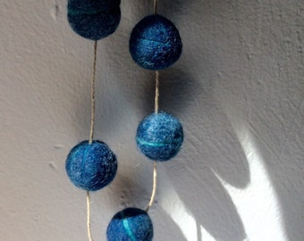 Blue hand-dyed felt garland - indigo hand dyed felt ball garland in denim blue and cream - one of a kind - gift - photo prop - home & living