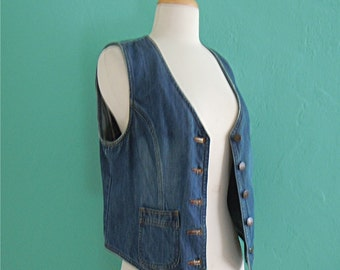 80's blue denim vest // jean vest ~ small medium
