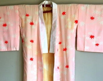 SALE 1960s Delicate SILK KIMONO Boho Japanese Duster Maple Leaf Motif