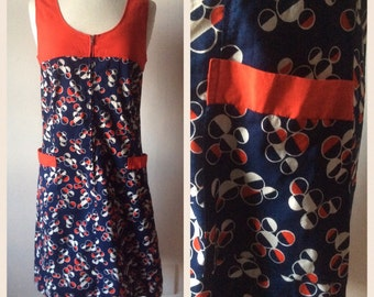 1970s Geometric Print Dress Cotton / Red Blue / Zip Up / Mod Scooter / S M