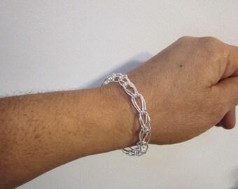 Bella's Loop- In Loop Chain Bracelet