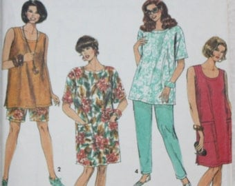 "Sz 18-20,22-24W Simplicity  Sewing Pattern 7723   Pants or Shorts and Dress or Top For Woven Fabrics Bust 40"" - 46"""