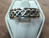 Sterling Silver  Celtic Design Spin Ring Size 6.5