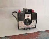 Vintage 1950's Imperial Mark XII Flash Camera w/Plastic Wrist Strap, Working Shutter ~ Retro Photography ~ Stage or Movie Props ~ Hipster ~