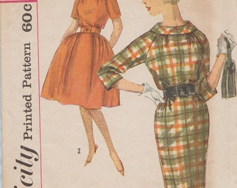 Simplicity 3718 / Vintage 60s Sewing Pattern / Dress / Size 11