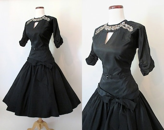 "Gorgeous 1950's Designer New Look Black Taffeta Cocktail Party Dress w/ Beads & Pearl Detail by ""Natlynn"" Rockabilly VLV Pinup Size-Medium"
