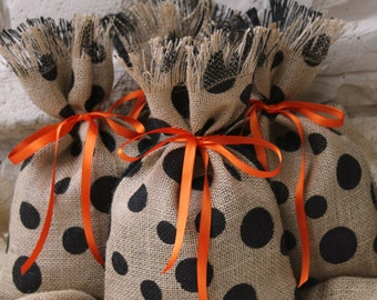 Burlap Gift Bags, Set of FOUR, Natural Burlap and Black Polka Dot, Orange Ribbon Tie, Halloween, Shabby Chic Gift Wrapping