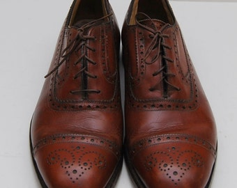 mens 1970s brown leather wingtip oxford dress shoes