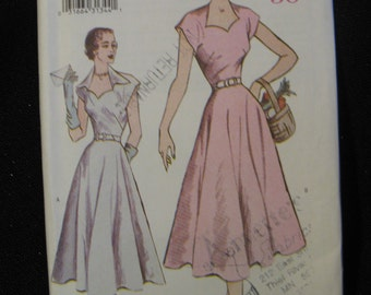 Retro Butterick '50 Pattern 6522, Flared Dress with Sweetheart Neckline, Sizes 6 8 and 10,  UC FF